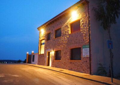 Apartamentos Rurales fachada noche 600x400 1