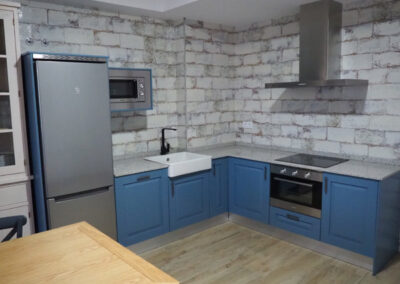 Apartamentos Rurales cocinaazul 2 600x400 1