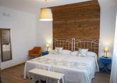 Apartamentos Rurales habitacion azul 600x400 1