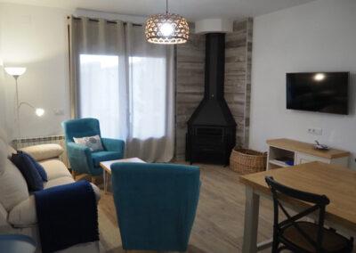Apartamentos Rurales salon azul 600x400 1