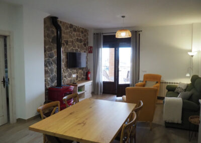 Apartamentos Rurales salon verde 2 600x400 1